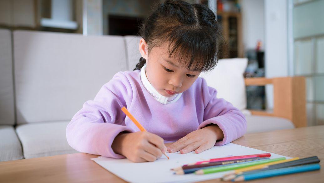 云舒写作小学初中 《1-9年级写作素材课》听完就会写作文 视频 百度云网盘下载 百度网盘